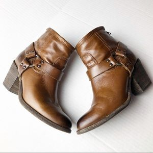 Frye Distress Brown Leather Ankle Boots 7